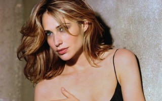 Claire Forlani 0020   1600 x 1200 Wallpaper  2