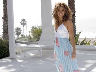 Shakira Mebarak  59