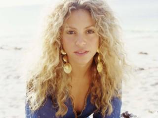 Shakira Mebarak  34